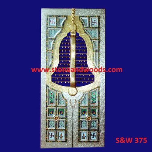 Traditional Design Door S&W 375