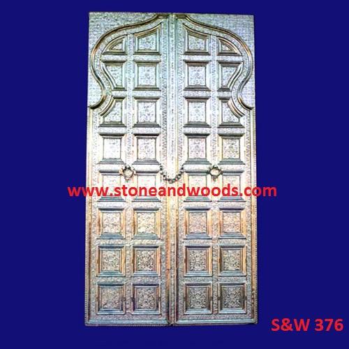 Traditional Design Wooden Door S&W 376