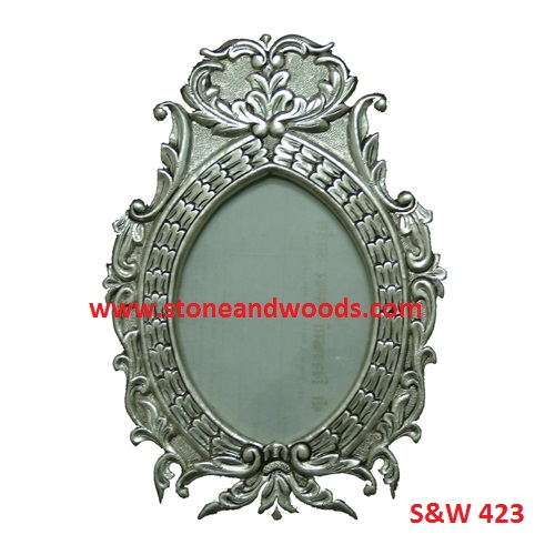 Antique Oval Picture Frames S&W 423