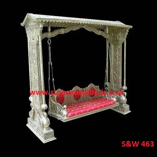 Silver Indoor Swing S&W 463
