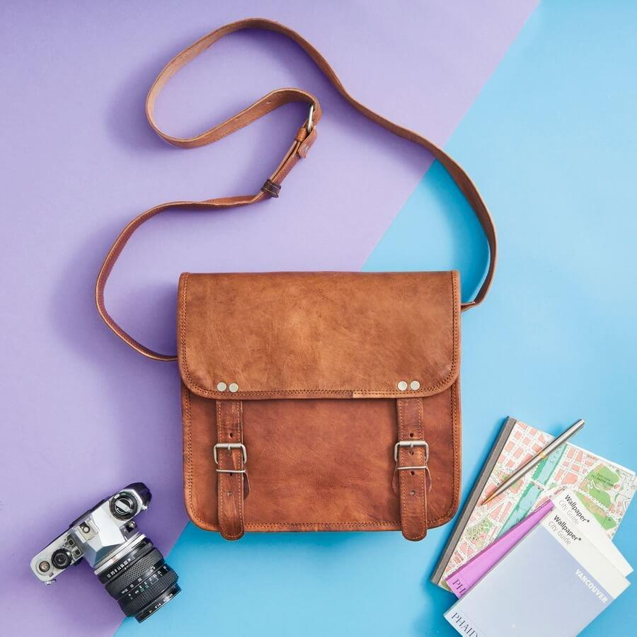 leather-messenger-bag-womens-midiWH_1024x1024-2
